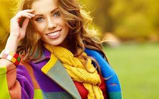 Девушка с русыми волосами и серыми глазами