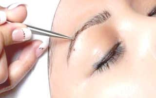 Наращивание бровей в салоне: особенности проведения процедуры