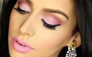 Розовый макияж: как сделать макияж в розовых оттенках с розовой помадой и розовыми тенями?