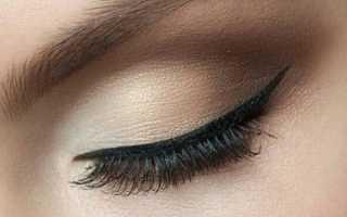 Легкий макияж со стрелками